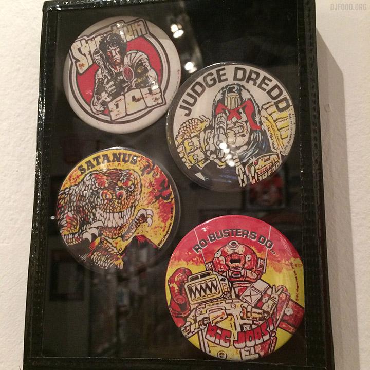 Beyond2000_badges