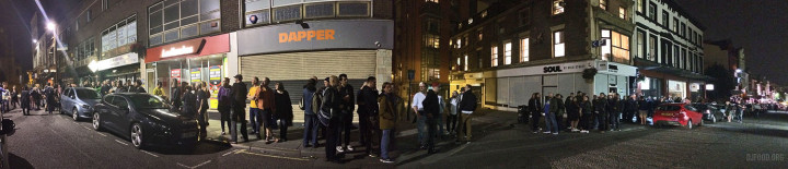 Bold St queue pano web