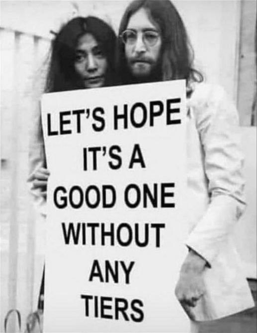 Lennon Ono Tiers