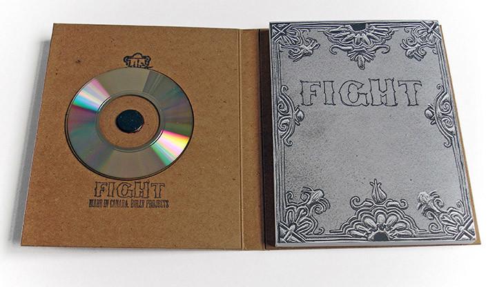 Fight book inside + disc